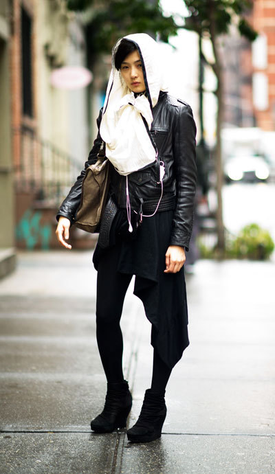 Loving the @ELLEmagazine Street Chic: New York with @SteveMaddenUSA booties. #SteetStyle