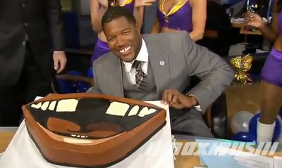 thescore:  Michael Strahan's Fox NFL Sunday buds present him with a gap-toothed birthday cake for his 40th birthday.