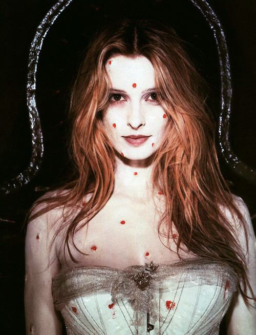 Lisa Marie Smith, photo by Tim Burton