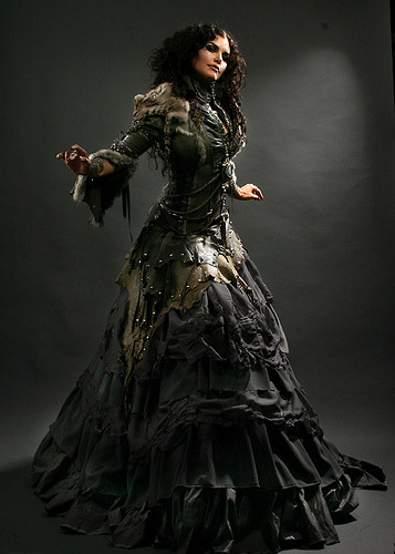 Whoa! Awesome!  lovelygothiclolita:  Lovely <3