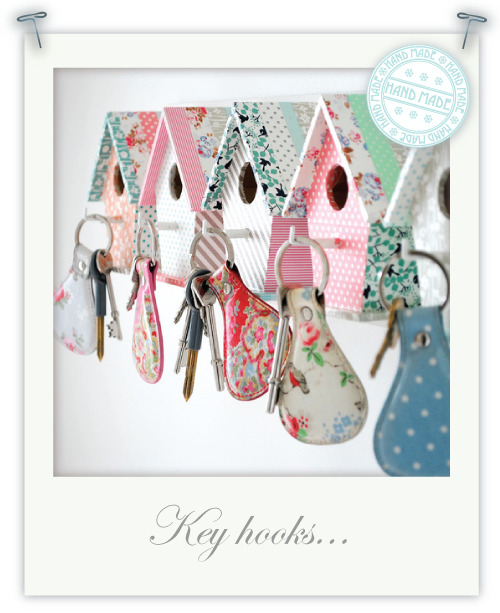 (via Torie Jayne: Bird house key hooks)