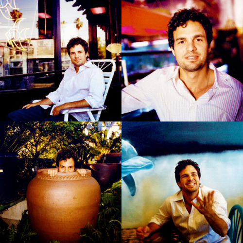 caffreyss:  → top five favourite Mark Ruffalo photoshoots