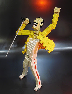 Don't Stop Me Now, Lego!