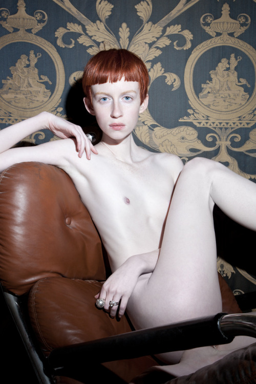 nettierharris:  Recomend following this guy! Ginger (want to shoot her bad!) by Jo Schwab