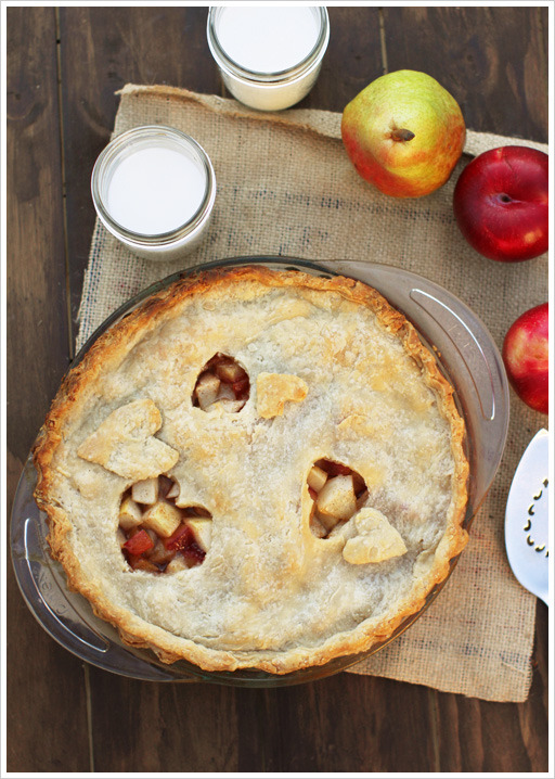 bakeddd:  spiced pear plum pie click here for recipe