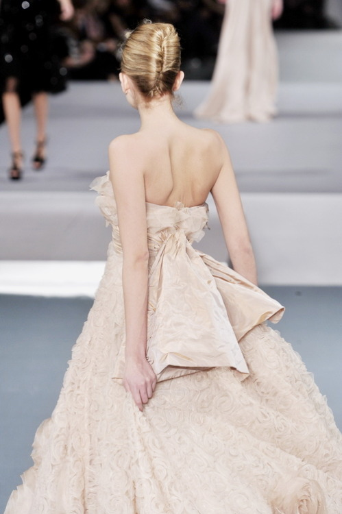 Now this is a wedding dress…Elie Saab