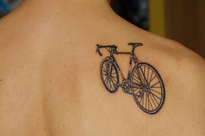 I am not a big fan of tattoos but this a great one! #Cycling