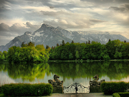 allthingseurope:  Schloss Leopoldskron, Salzburg, Austria (by Roberto Rocco)  This looks exactly like the place where they filmed the Sound of Music