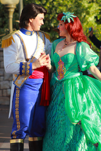 fuckyeahdisneyentertainment:  Ariel and Eric by Jane's Jubilee on Flickr.