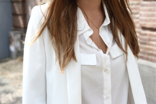 vogueture:  classy-noir:  Queued! exam week! ox  q