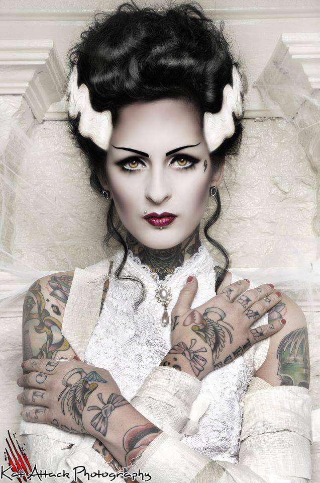 ilovegothgirls:  Femke Fatale for Rabid Magazine  Photography: KAT ATTACK Mua&hair: RANDY RACKETT