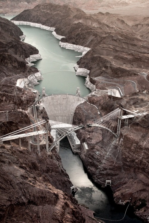 fiore-rosso:  ,the bridge at hoover dam [arizona, u.s]
