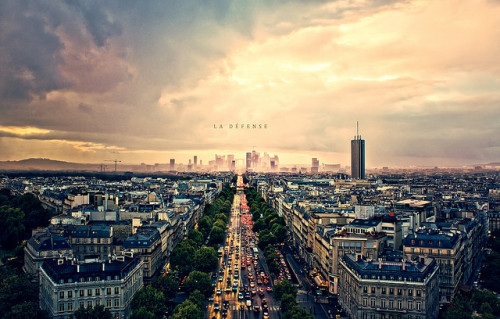 La Défense by isayx3 on Flickr.