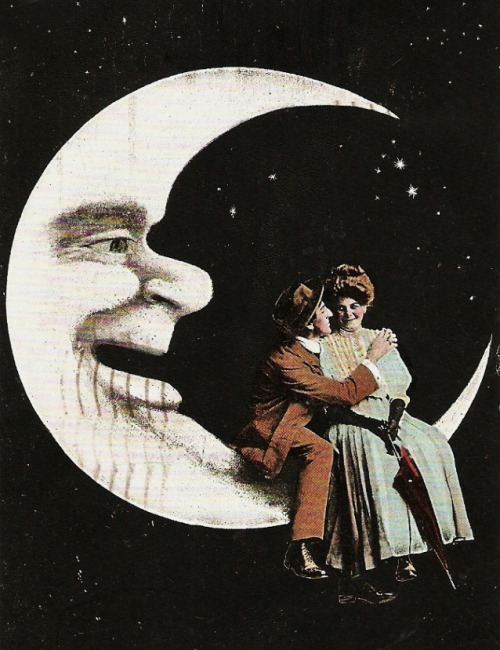 vintagegal:  Night people.. Everything else is queued…