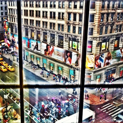 34th Street - #newyork #nyc #iphoneography #iphonesia #photography #instagram #city #cityscape (Taken with instagram)