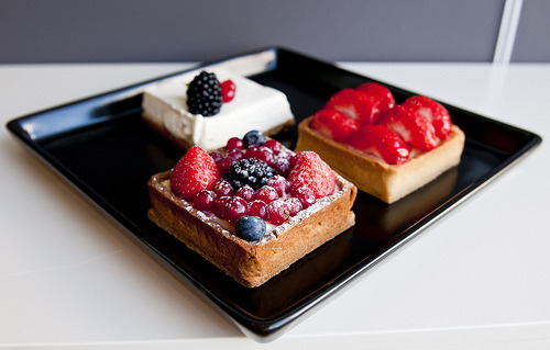http://thefruitbakery.tumblr.com/ Treat yourself to yummy food pictures at Your Daily Muffin!