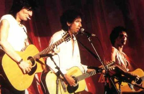 paulapaez:  Ronnie Wood, Bob Dylan & Keith Richards.