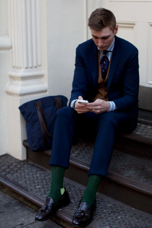 jawshuahvooh:  This is my favorite look the Sartorialist has ever taken.