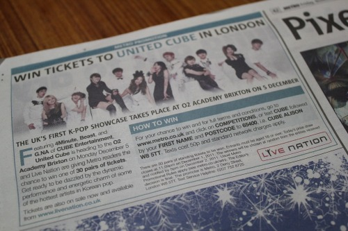 Cube Family in the [111125] London Metro! So surreal. I cry.