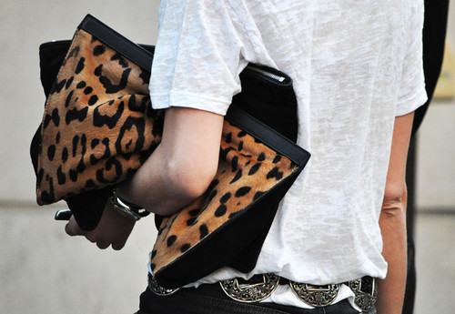 How to carry an oversized clutch!