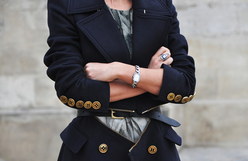 sundaytrain:  fime:  Double Wear Zips Detachable Black Coat  I know this is crazy considering how so many countries are still having heavy snowfall even though it's the last week of March and Spring has supposedly set in, but I do love some cold here even if it's just because I can put on some winter wear. I know the hassles, but it still beats the humidity and stinging heat here. Sometimes.