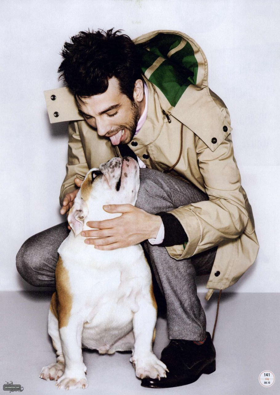 Jay Baruchel with a bulldog.