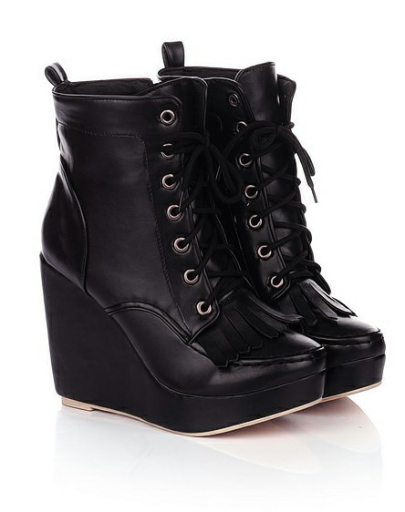 Instead of those other black platform wedges I showed you guys, I'm ordering these. Ugh. They're gorgeous!