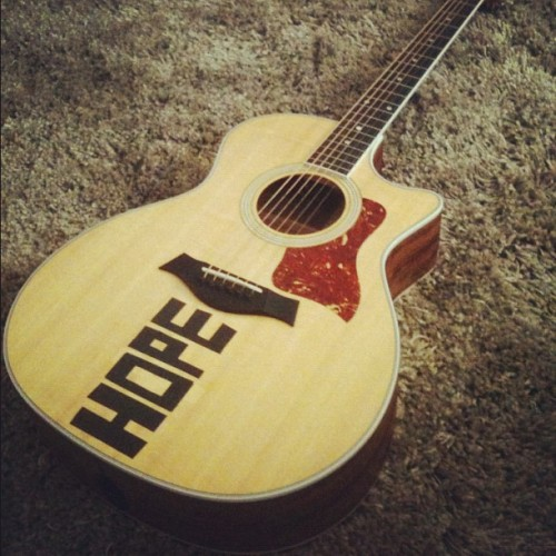 october 29th 2011 - andrews university, usa (this is what my guitar looks like in 2011)