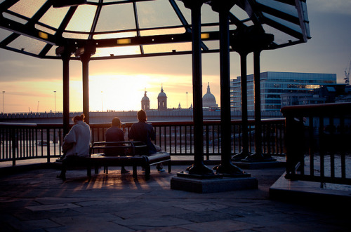 Sunset in London by Joffrey Guidon on Flickr.