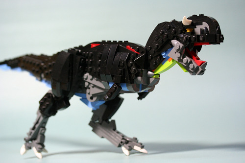brickd:  carnotaurus 003 by aurore&aube  A Lego Dinosaur Dragon thing‽ How can I not reblog it?