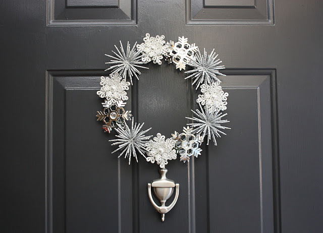 Pottery Barn Inspired Wintery Wreath | Sadie Priss I have a ton of decorations left over from previous years that I don't want to throw away but I'm not sure what to do with. This is a great way to use them up and pretty to boot. In fact I think I have enough decorations to make about three of them!