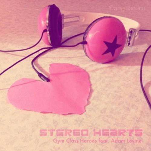 My heart's a stereo It beats for you, so listen close Hear my thoughts in every note Make me your radio And turn me up when you feel low This melody was meant for you Just sing along to my stereo