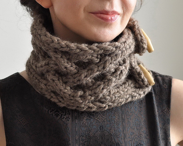Celtic Connection - handknit UNISEX superchunky cabled scarf / neckwarmer / cowl with wooden toggles by eveldasneverland on Flickr.