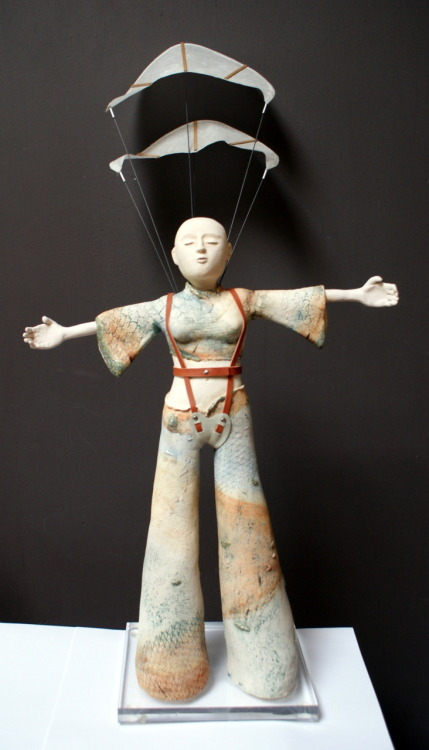 Els Wenselaers: The Windbreaker, 2010, 28 x 67 x 18 cm, Ceramics