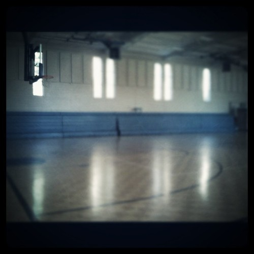 Put in some work at 9am. Whole gym to myself #inmyzone (Taken with instagram)