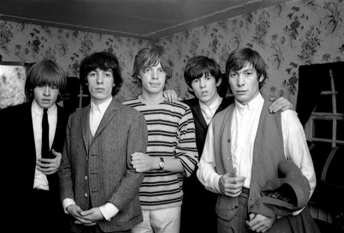 BRIAN JONES, BILL WYMAN, MICK JAGGER, KEITH RICHARDS et  CHARLIE WATTS