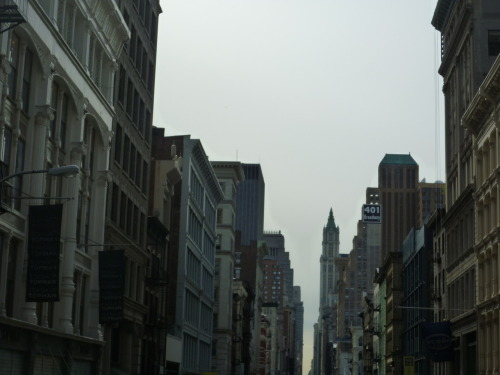 stylenotsincerity:  Pictures I Took from a Moving Tour Bus: Broadway
