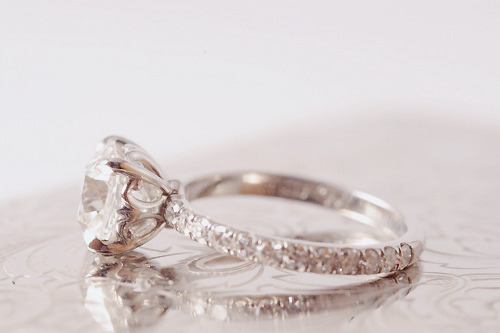 thecutiepienextdoor:  My ring better look like this…