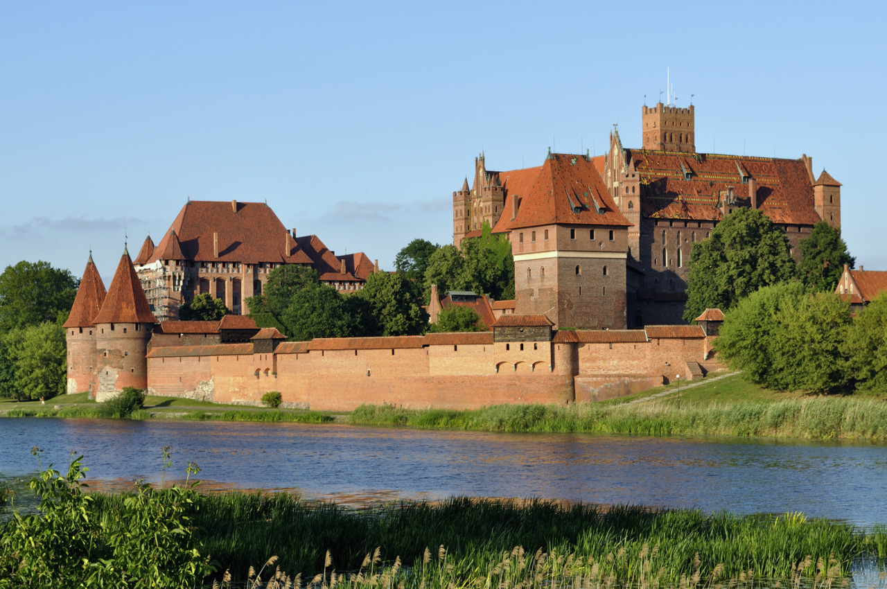 Teutonic castle - Malbork, Poland author: DerHexer
