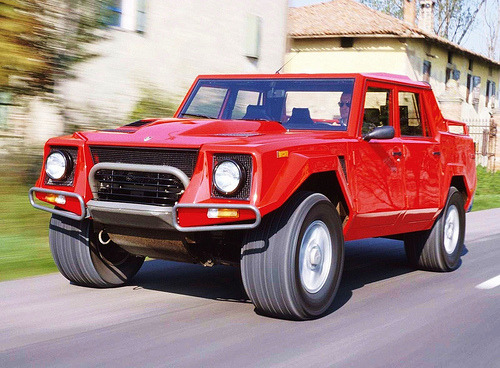 carpr0n:  Do not resuscitate Starring: Lamborghini LM002 (by Auto Clasico)