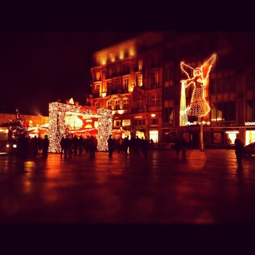 1st Advent #cologne  #christmas #xmas #weihnachtsmarkt #köln #advent (Taken with instagram)