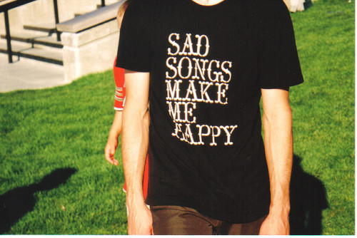 whitestump:  sadsongs by Twin Galaxies on Flickr.  so true! its so hard not to love them. :)