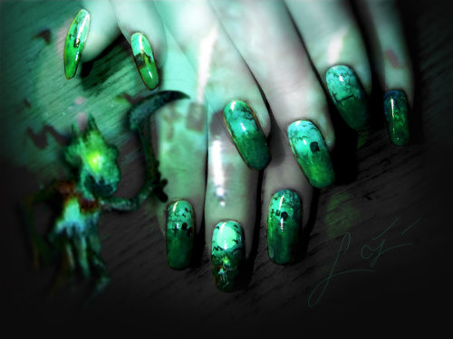 icoffeeprince:  Fiddlesticks Nail Art by ~Undomiele   … lmao.  It's got fiddle in the middle XD