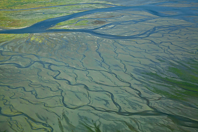 Geology Abstract (by E=mcSCOW) Delta and tidal flat of the South Skagit River at low tide