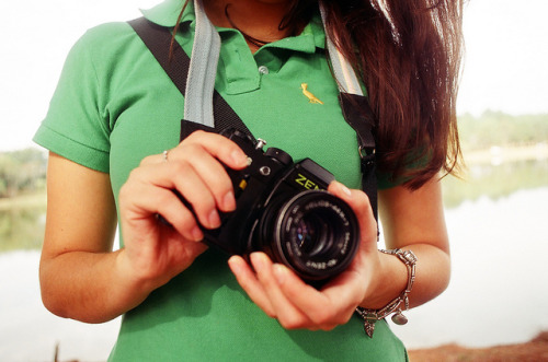 Zenit Girl by Eduardo | on Flickr.Via Flickr:Nikon FE2 | Nikkor 28 mm f/2.8 | Agfa Vista Plus 400 Foto sem edição (no edition) Copyright © 2011. Eduardo Guerra. All rights reserved / Todos os direitos reservados. Não use essa imagem em sites, blogs ou qualquer tipo de mídia sem antes entrar em contato Please don't use this image on websites, blogs or other media without my explicit permission. © All rights reserved. Contato: eduardo.guerra@ymail.com