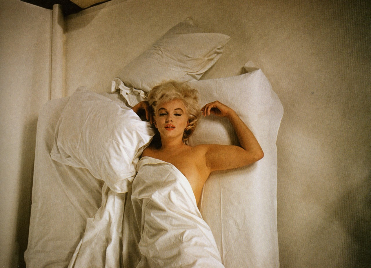 suicideblonde:  Marilyn Monroe photographed by Eve Arnold in 1960