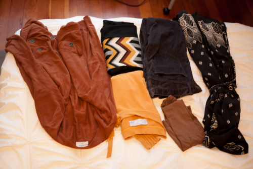 Packing for Thanksgiving With a consistent color palette.