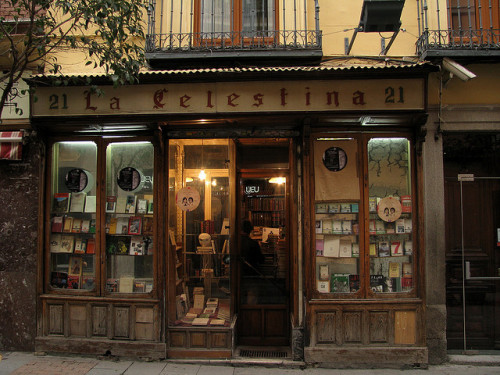 teachingliteracy:  lost—in—memories:  Old Book shop, Madrid by j.labrado on Flickr.
