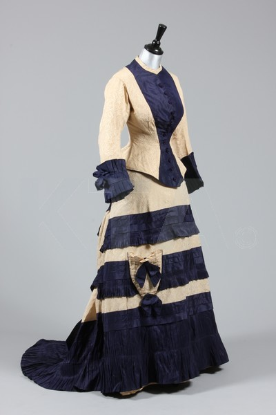 oldrags:  Dress, 1877-79 Is that another parasol pocket I see?