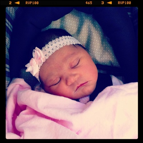 #newborn #baby #girl #itsagirl #charlotte #precious #infant #bow #babygirl  (Taken with instagram)